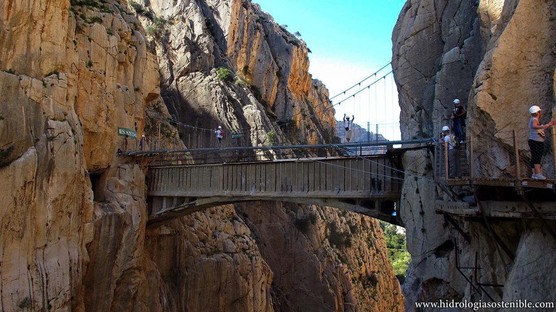 Caminito del Rey puente sobre la garganta