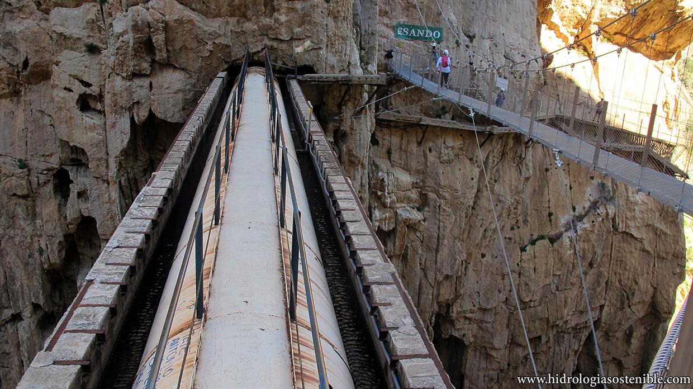 Caminito del Rey puentes antiguo y nuevo